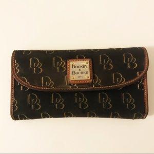 Vintage | Dooney & Bourke | Canvas/Leather Wallet